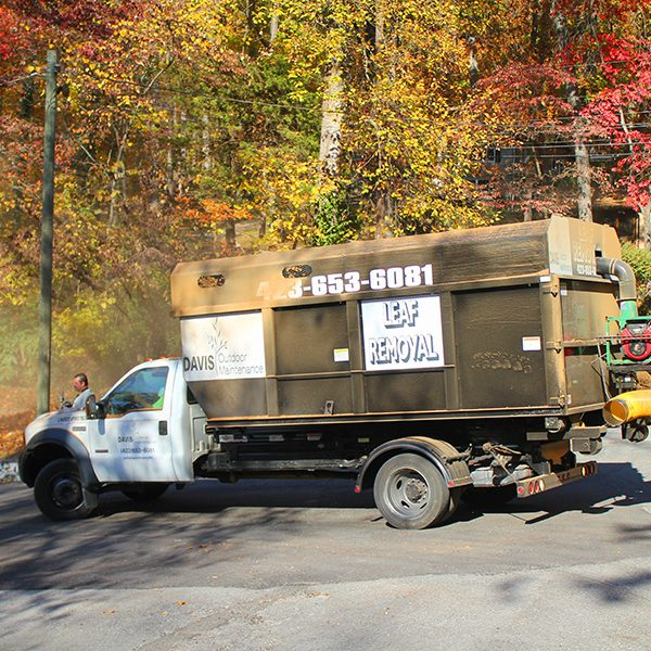 leafremovaltruck
